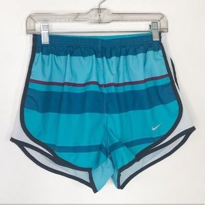 Nike dry fit striped running shorts sz Large